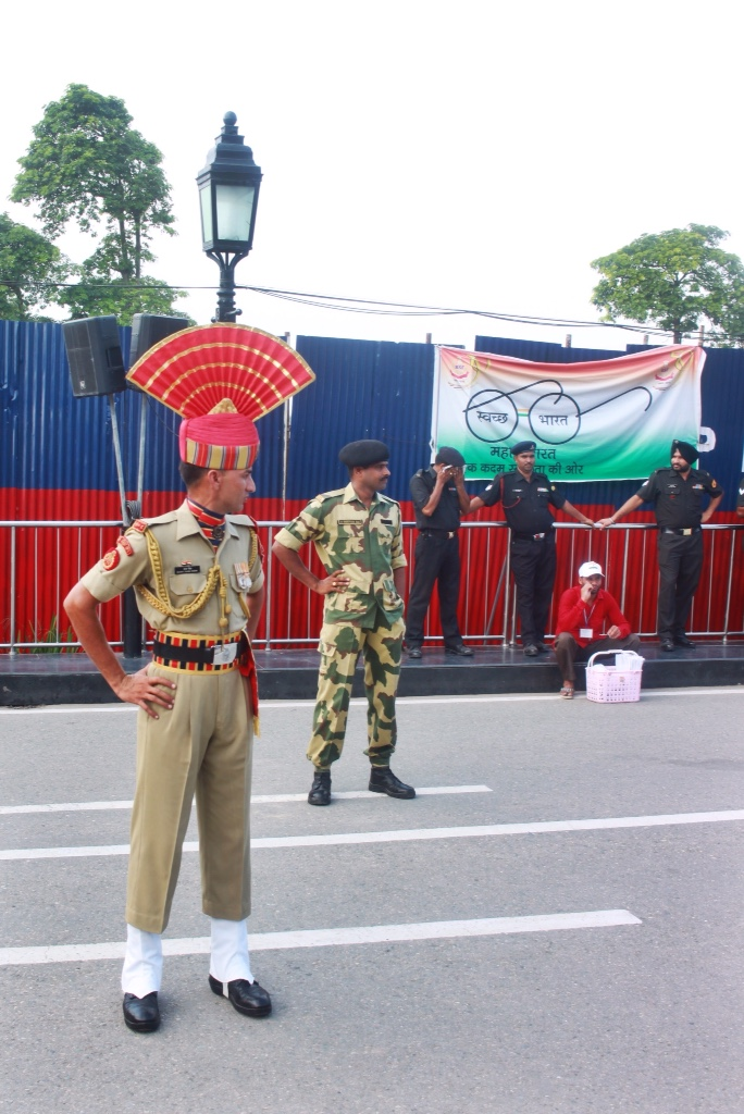 Indian guards at border closing ceremony
